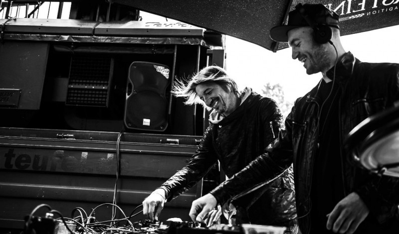 DJs Kaiser Souzai (Hybrid DJ Set mit Live Perkussion), Bud Dancer feat. Tom Preter mit Live Trompete, romantherookie